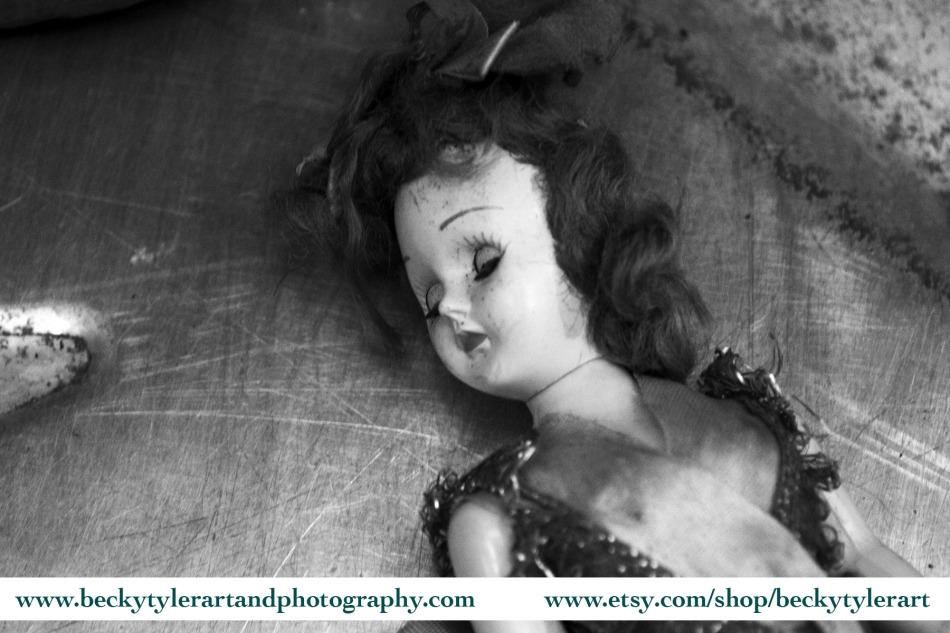 2019 Creepy Doll 3